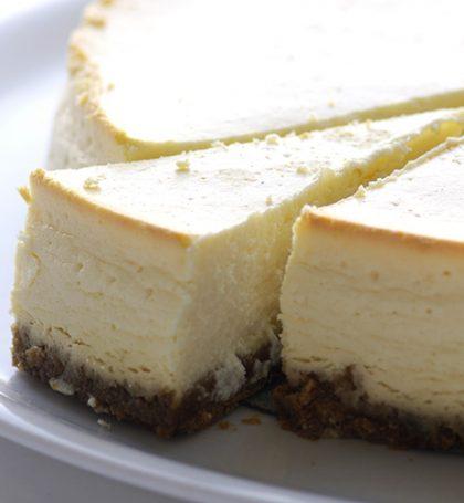 Cheesecake gesneden